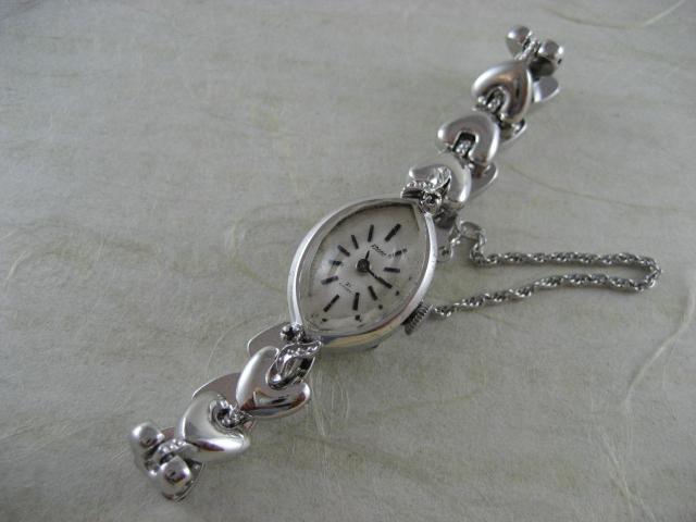 【鹿児島県 S・E 様】シチシズン レディース 手巻き時計